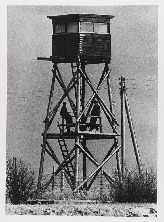 Guido Mangold - Wachturm der DDR in Berlin/Neu-Köln am 24. Dezember