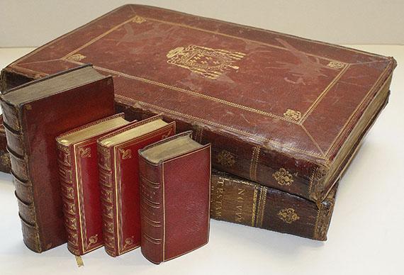 Biblia latina - Novum testamentum. 2 Bde. 1640. und 3 Beigaben