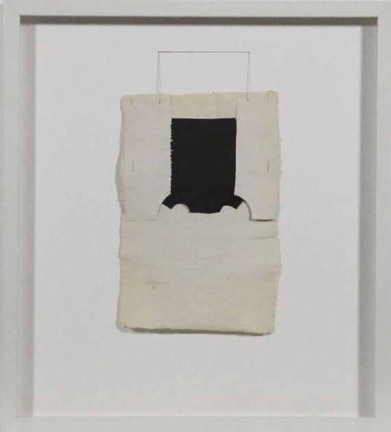 Eduardo Chillida - Gravitacion - Frame image