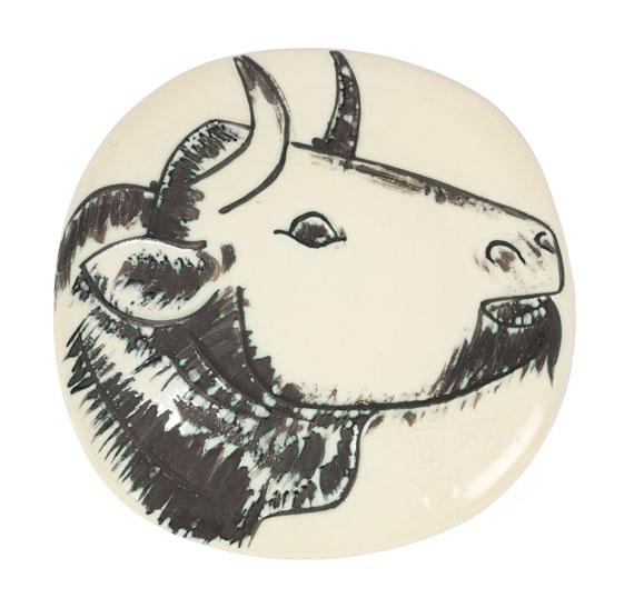 Pablo Picasso - Bull's profile