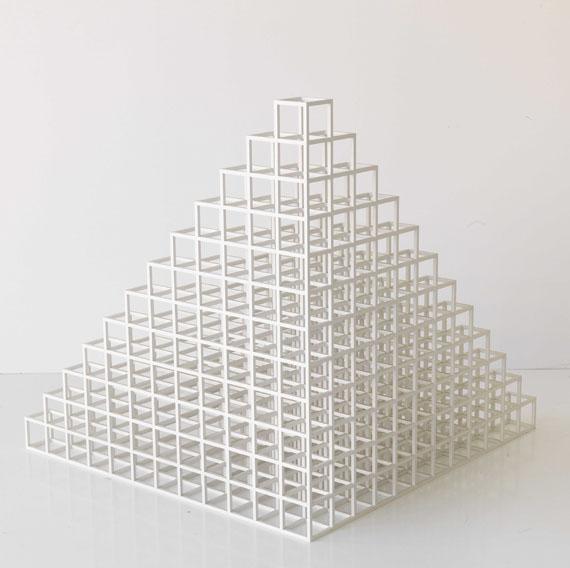 Sol LeWitt - Pyramid - Rückseite